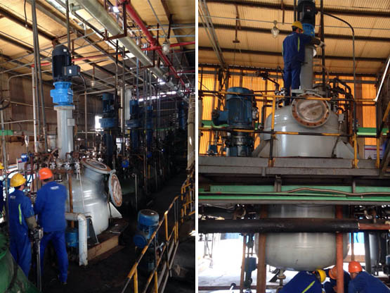 我公司为用户设计制造的28000L4台不锈钢磁力搅拌缩合釜进行指导安装