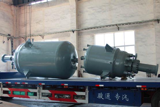 四川某医药1000L和5000L高压加氢釜